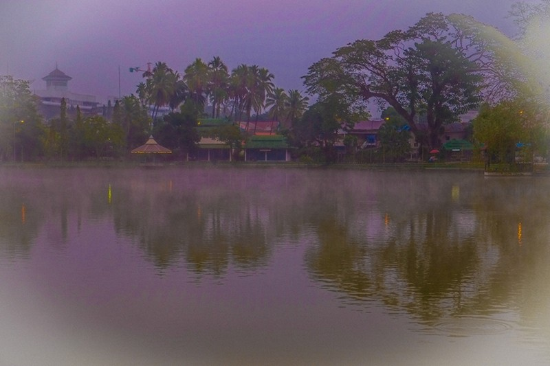 Mist on the lake in Mae Hong Son