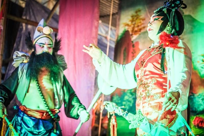 Chinese Opera Performance, Act 1