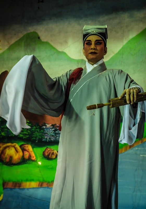 Chinese Opera , Act 2