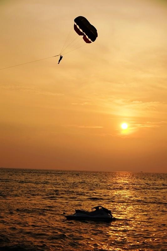 Gliding through the sunset, Batu Ferringhi Beach, Penang